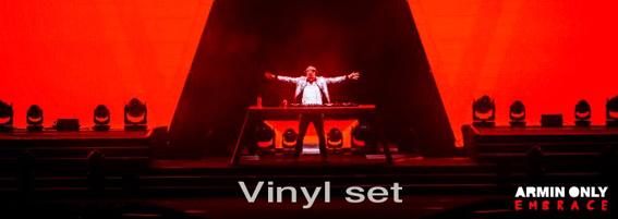 Armin Van Buuren toco con vinilos este fin de semana